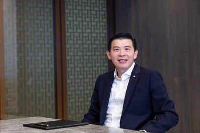 Telling his story on leadership, we are proud to introduce the president of the ACI Asia-Pacific Regional Board and CEO of Changi Airport Group, Mr. Seow Hiang Lee.